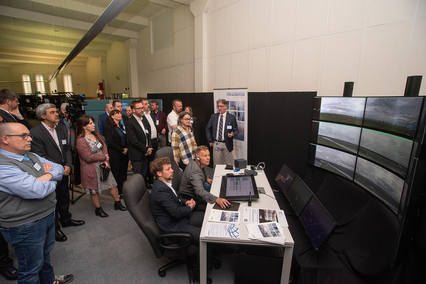 Successful SESAR PJ05 multi-remote passive shadow validation and open day at HungaroControl